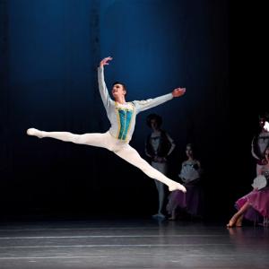 Балетная школа танцев в Минске - Звездный свет